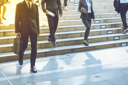 In quali casi il viaggio verso la sede lavorativa e il periodo di inattività tra due lavorazioni devono essere remunerati?